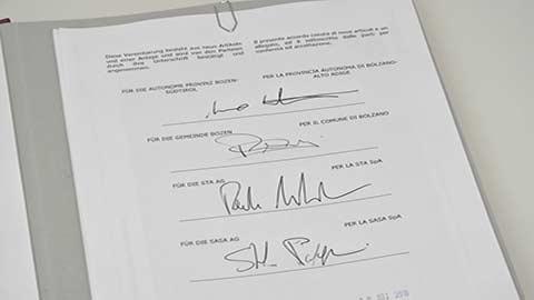 Video: «Bozner Tram: Vereinbarung für den Bau unterzeichnet»