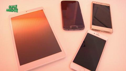"""Video: «Cellulari e smartphones: consigli per un utilizzo più consapevole, una trasmissione del ciclo """"Quale ambiente"""". BCool-Comunicare-Oltre Bolzano»"""