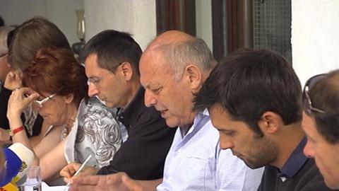 Video: «Durnwalder anconta i media a Falzes»