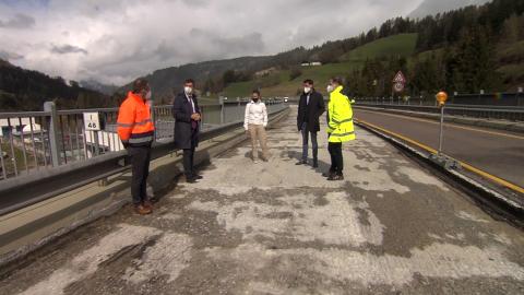 Video: «Arbeiten für Brückensanierungen in Welsberg gestartet»