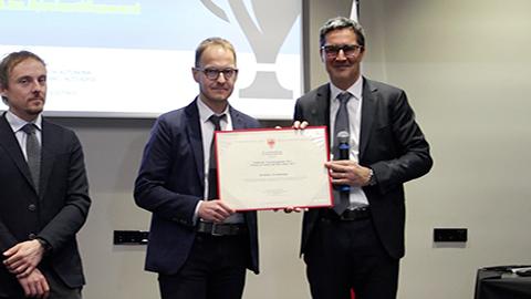 Video: «Forschungspreis des Landes Südtirol an Christian Fuchsberger übergeben»