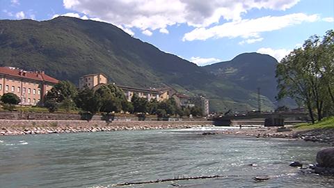 Video: «Fiumi e bacini montani, sopralluoghi a Bolzano e in Bassa Atesina»