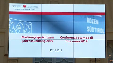 """Video: «Landeshauptmann Kompatscher zum Jahreswechsel: """"Miteinander ist das Wichtigste""""»"""