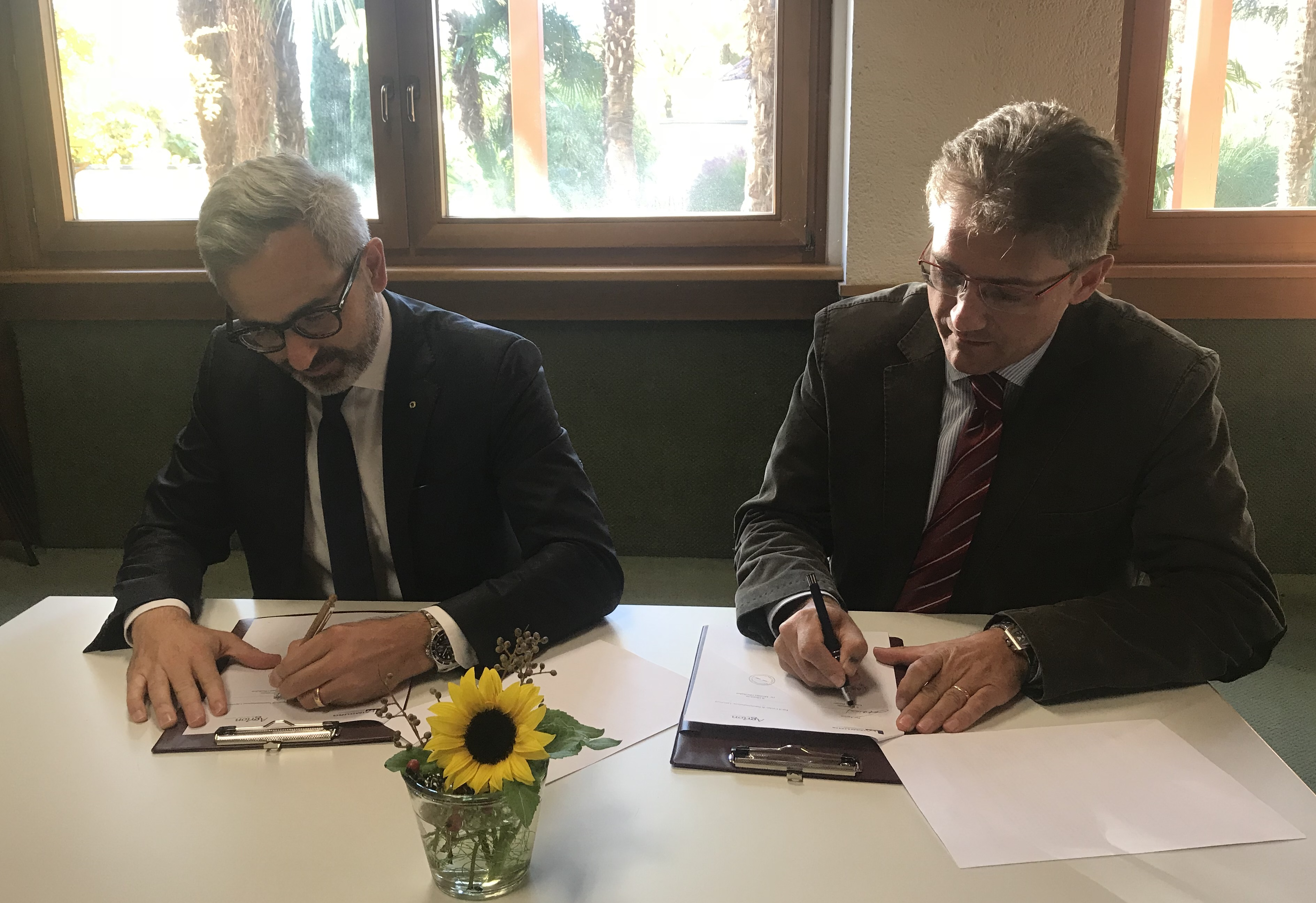 Video: «Rahmenvereinbarung zwischen Versuchszentrum Laimburg und Stiftung Agrion schafft neue Übereinkunft, um Herausforderung gemeinsam zu bewältigen»