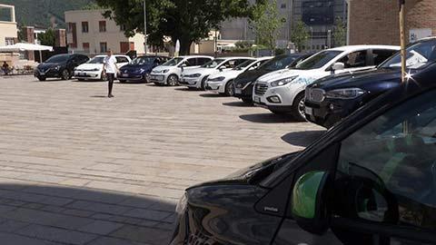 """Video: «Elektromobilität: Übergabe der ersten E-Autos des Projekts """"eTestDays""""»"""
