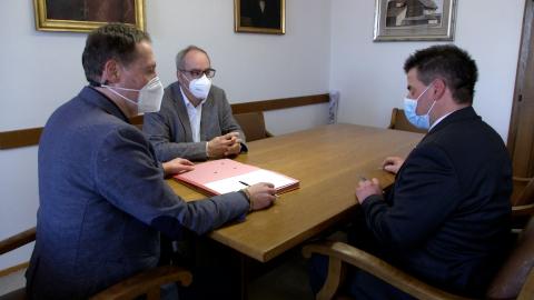Video: «Schulzentrum Innichen Vereinbarung zur Sanierung und Erweiterung»