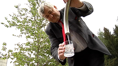 Video: «Eröffnung der Ruheoase am Mineralwasser von Bad Salt in Martell (BZ) - 29.05.2013»