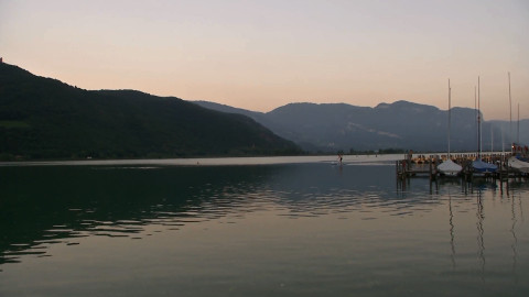 Video: «Laghi balneabili: monitorata regolarmente la qualità dell'acqua. GNews Production»