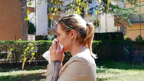 Video: «Pollini: semplici consigli per aiutare a stare meglio. GNews Production»