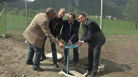 Video: «Am 29.04.2014 Eröffnung des Kanalanschlusses zwischen der Kläranlage von Glurns (Obervinschgau) und jener der Gemeinde Val Müstair (Schweiz). G.News Production»