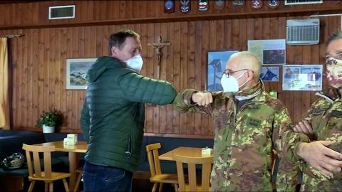 Video: «Tempesti Kaserne in Corvara: Land baut Wohnungen fürs Militär»
