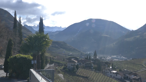 Video: «Qualità dell'aria in Alto Adige: presentati di dati del 2019. GNews Production»