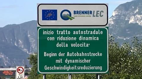 Video: «Per un'aria migliore, alza il piede dal gas! Spot radiofonico. BCool-Comunicare-Oltre, Bolzano»