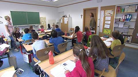 "Video: «""Dicke Luft im Klassenzimmer - Aria viziata a scuola""»"