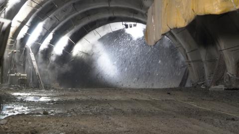 Video: «Neue Einfahrt ins Gadertal: Tunneldurchstich»