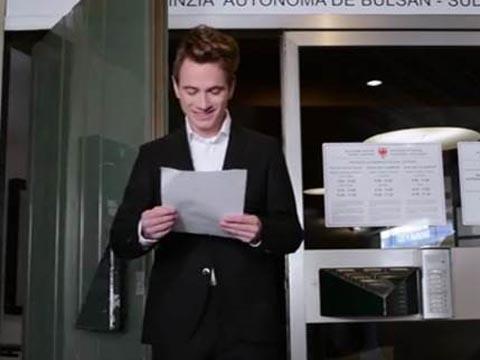 Video: «Die Zweisprachigkeitsprüfung»