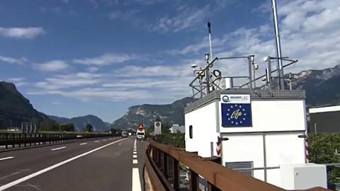 Video: «Fuß vom Gas, für eine bessere Luft! Radiospot. NoiStudio Srl»